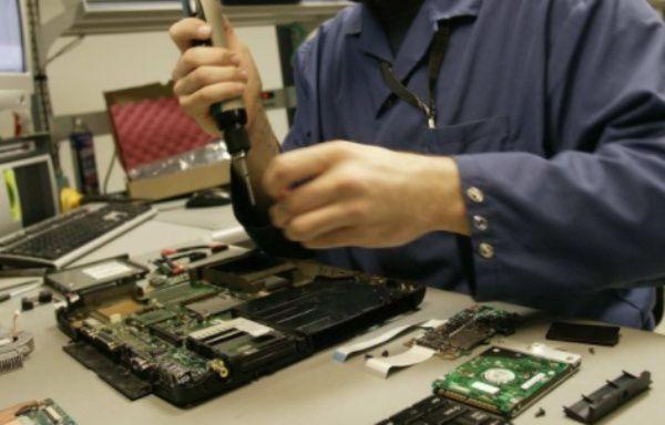 negocios desde casa de reparación de ordenadores