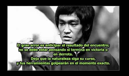 La Filosofía De Bruce Lee En 10 Frases Aplicadas A
