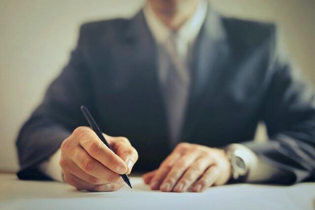 emprendedor validando su idea de negocio