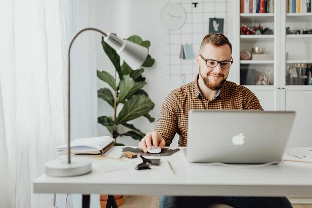 ideas de negocios desde casa - emprender sector servicios