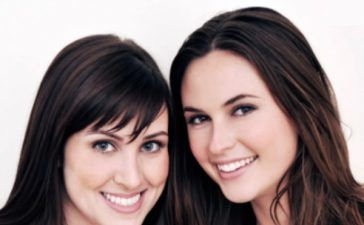 Brittany Hodak y Kim Kaupe