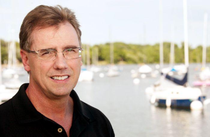 Thomas C Corley y los hábitos de los ricos que evitan a los pesimistas